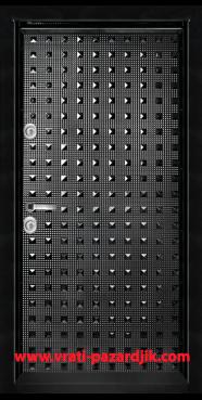Блиндирана входна врата, модел Т 777, цвят Черен гланц